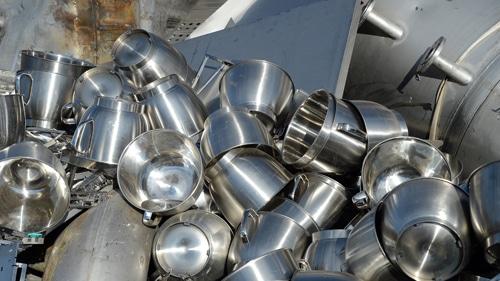 rvs ijzer en schroothandel oud metaal