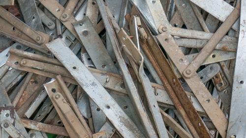 zink ijzer en schroothandel oud metaal